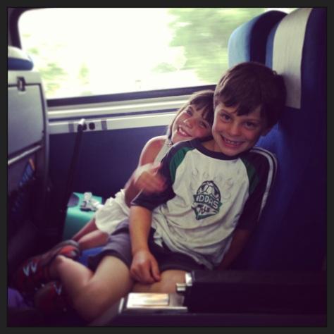 Milwaukee to Chicago via train