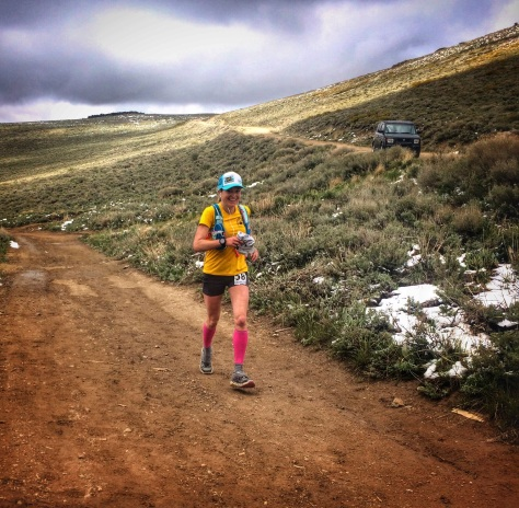 running into the Peavine Aid Station. Photo by Helen Pelster